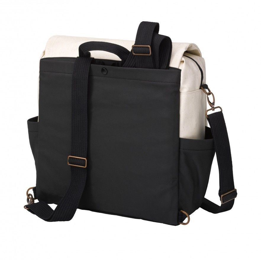 BOXY BACKPACK